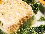 Желирано пилешко месо от цяло пиле с яйца и зеленчуци (целина, морков)